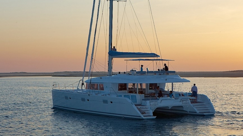 All-Inclusive Luxury Yacht Charters Aboard the Lagoon 620
